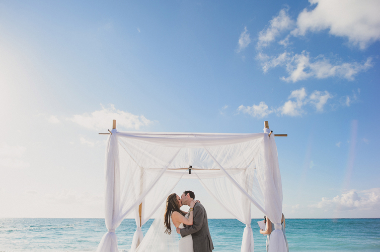 Turks and Caicos destination wedding photographer