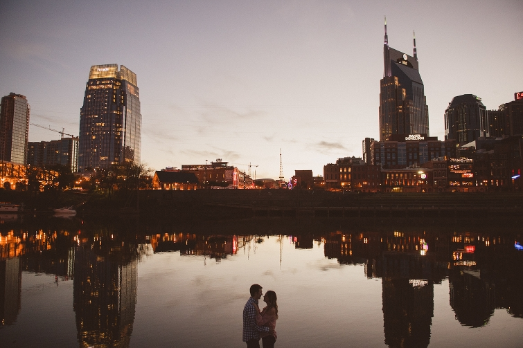 nashville skyline engagement pictures